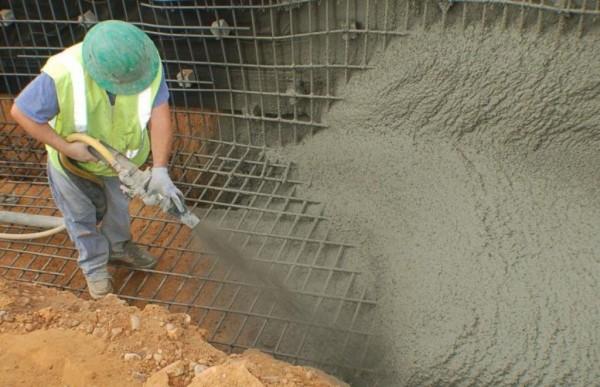 набрызг бетонная смесь